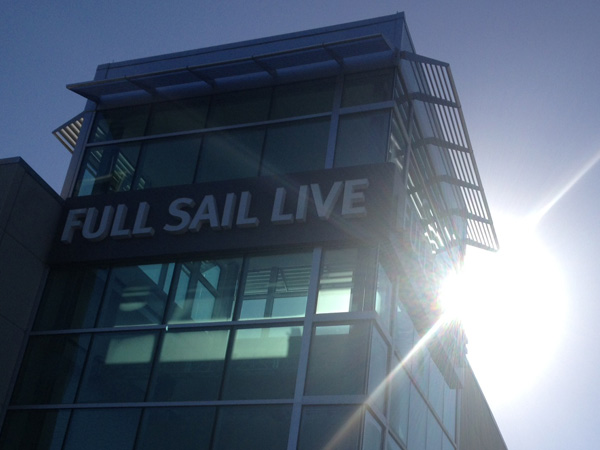 full sail live sun image