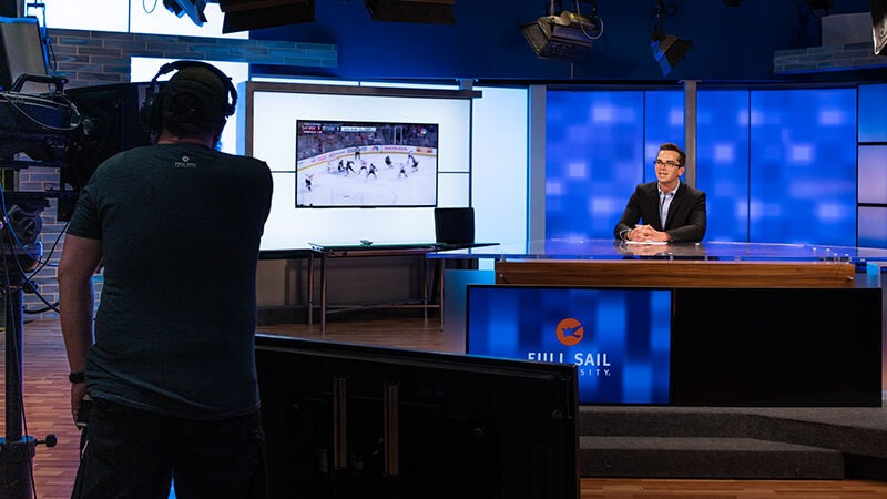 Course Spotlight: Introduction to Sportscasting - Story image