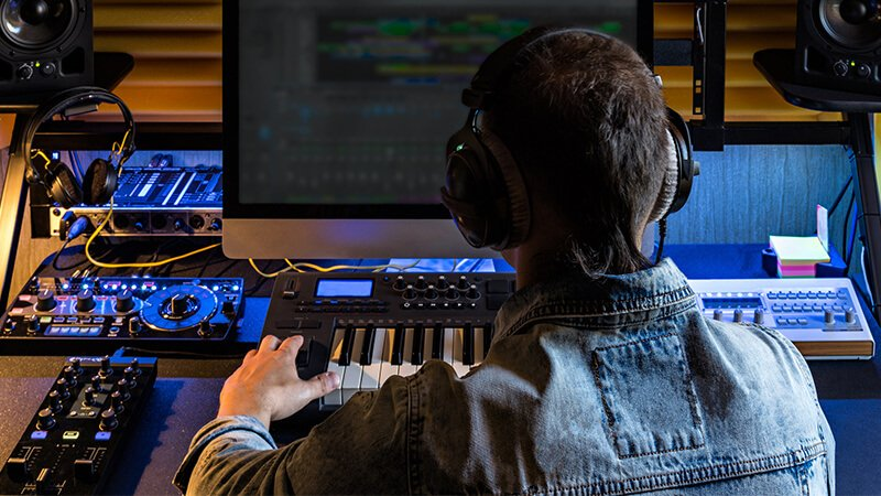 Featured story thumb - Key Careers in Audio Production: A Beginner's Guide