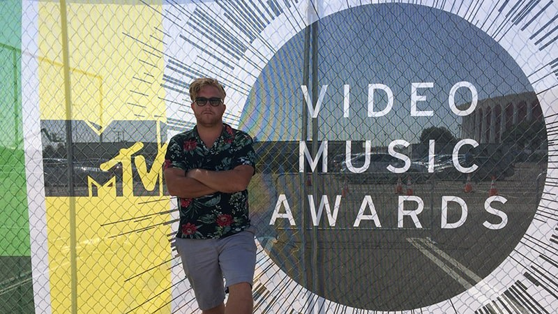 Grad Sean Englert on the 2014 MTV VMAs - Story image