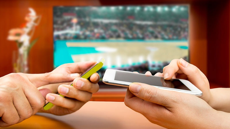 Featured story thumb - The Impact of Fantasy Sports on Sportscasting and Fandom